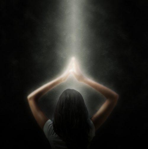 https://www.sagefroots.com/wp-content/uploads/2019/05/Spiritual-meditatation-prayer-woman-500x503.jpg